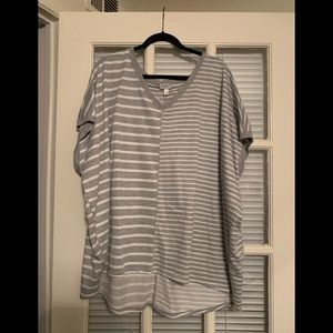 Avenue 26/28 Gray and White Striped top